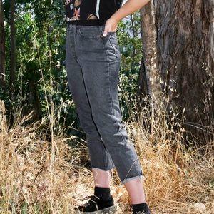 Levi's Jeans - Vintage Cropped Black/Grey Levi Jeans